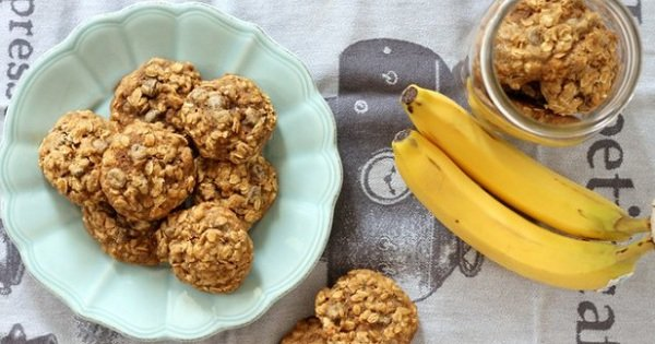 Невероятно вкусное печенье из бананов и овсянки. Готовить еще никогда не было так просто!
