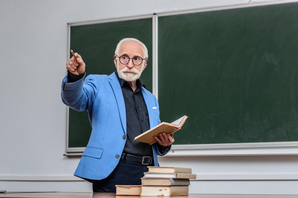 Что сделать учителю, если ребенок опоздал на урок Шалва, Александрович, ребенок, Depositphotos, воспитание, который, любви, каждый, опоздал, Более, может, поделиться, метод, советский, оказать, воспитания, влияние, детей, следующий, аудитории