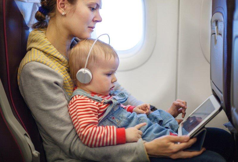 перевозка детей в самолете