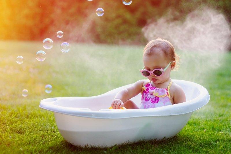 Папа-педиатр огласил список бесполезных вещей для новорожденных: не скупайте хлам, будущие родители