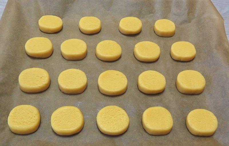 песочное печенье из сливочного масла