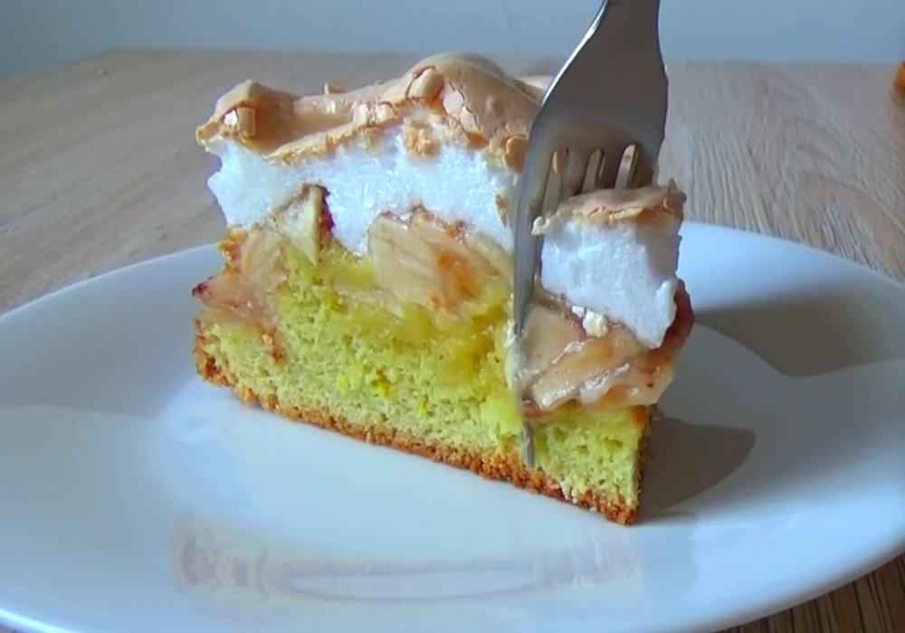 Дотошный кондитер разобрался, как испечь торт «Яблоки под снегом» по всем правилам