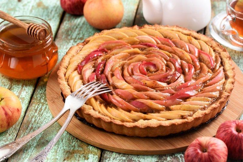пирог с яблоками без кефира