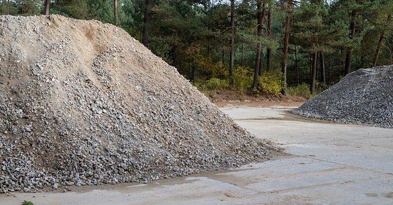 Песок для строительных работ: как вручную перенести на участок