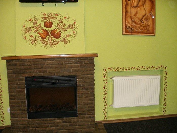 петриковская роспись на стене