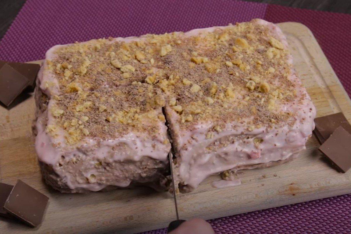 Подкупающий рецепт торта без выпечки, без которого хозяйка уже не сможет принимать гостей