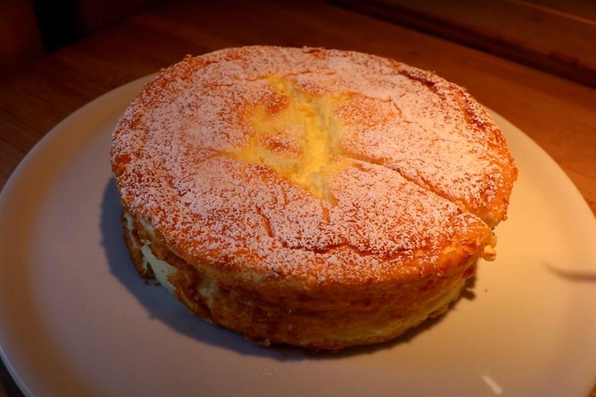 Пирог на йогурте, который будут просить, испытывая терпение хозяйки Кулинария,Выпечка,Йогурт,Крахмал,Лимон,Пироги