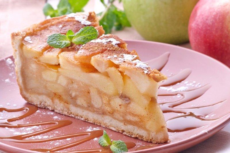 яблочный пирог дольками
