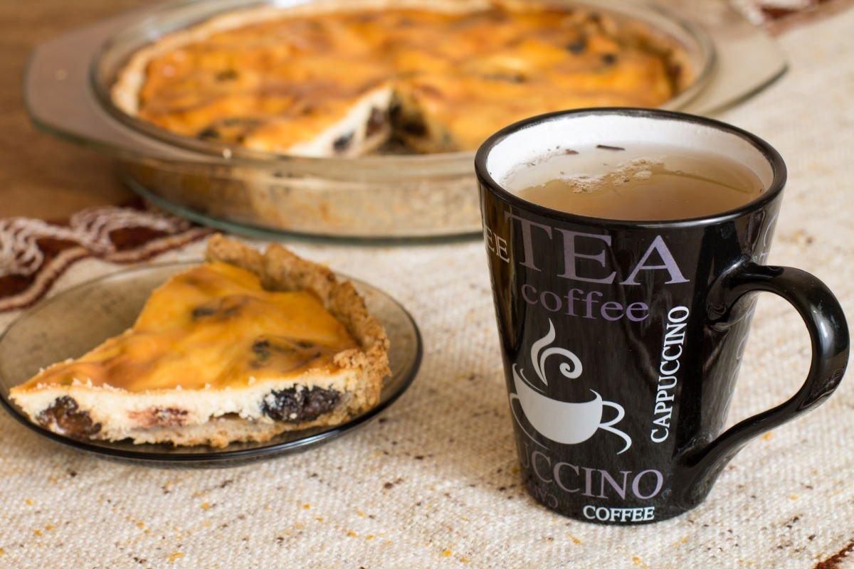 пирог с черносливом со сметаной