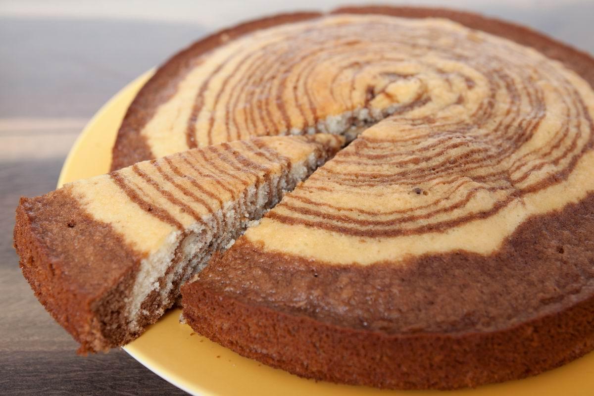 скільки пекти пиріг зебра в духовці