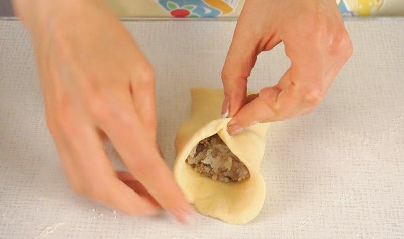тесто для пирожков с рисом и мясом