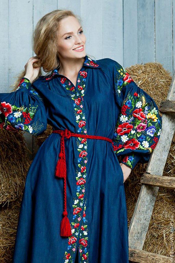 платья с вышивкой бисером