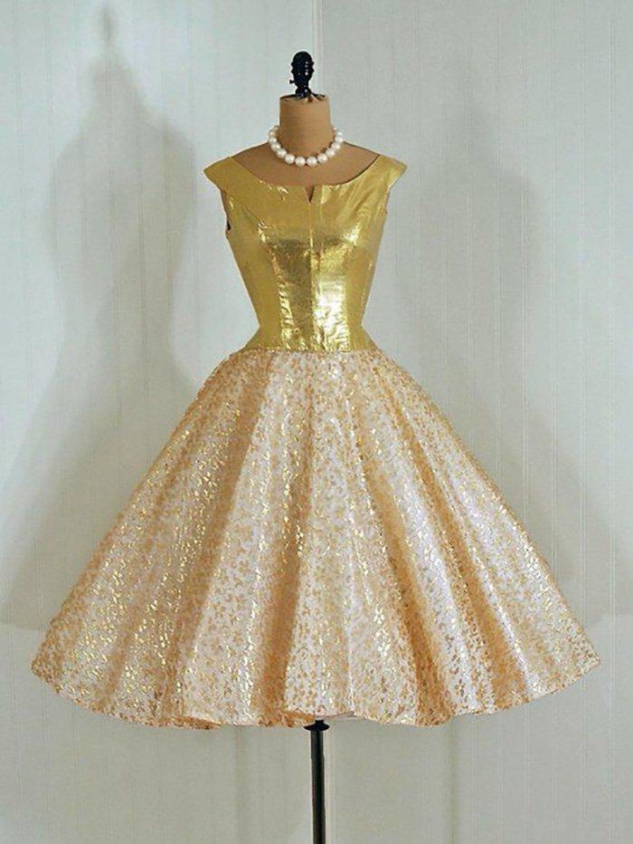 платья в стиле ретро с чем носить