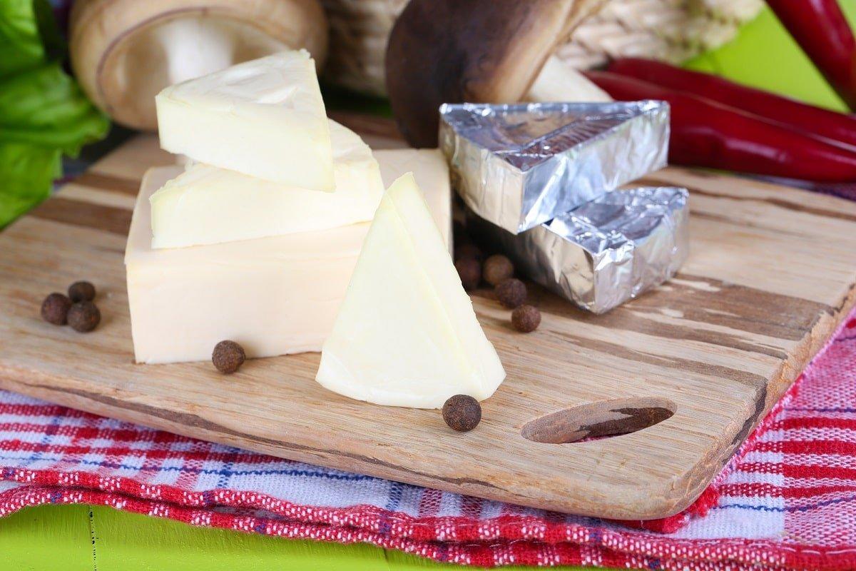 Мастерство приготовления домашнего плавленого сыра из творога