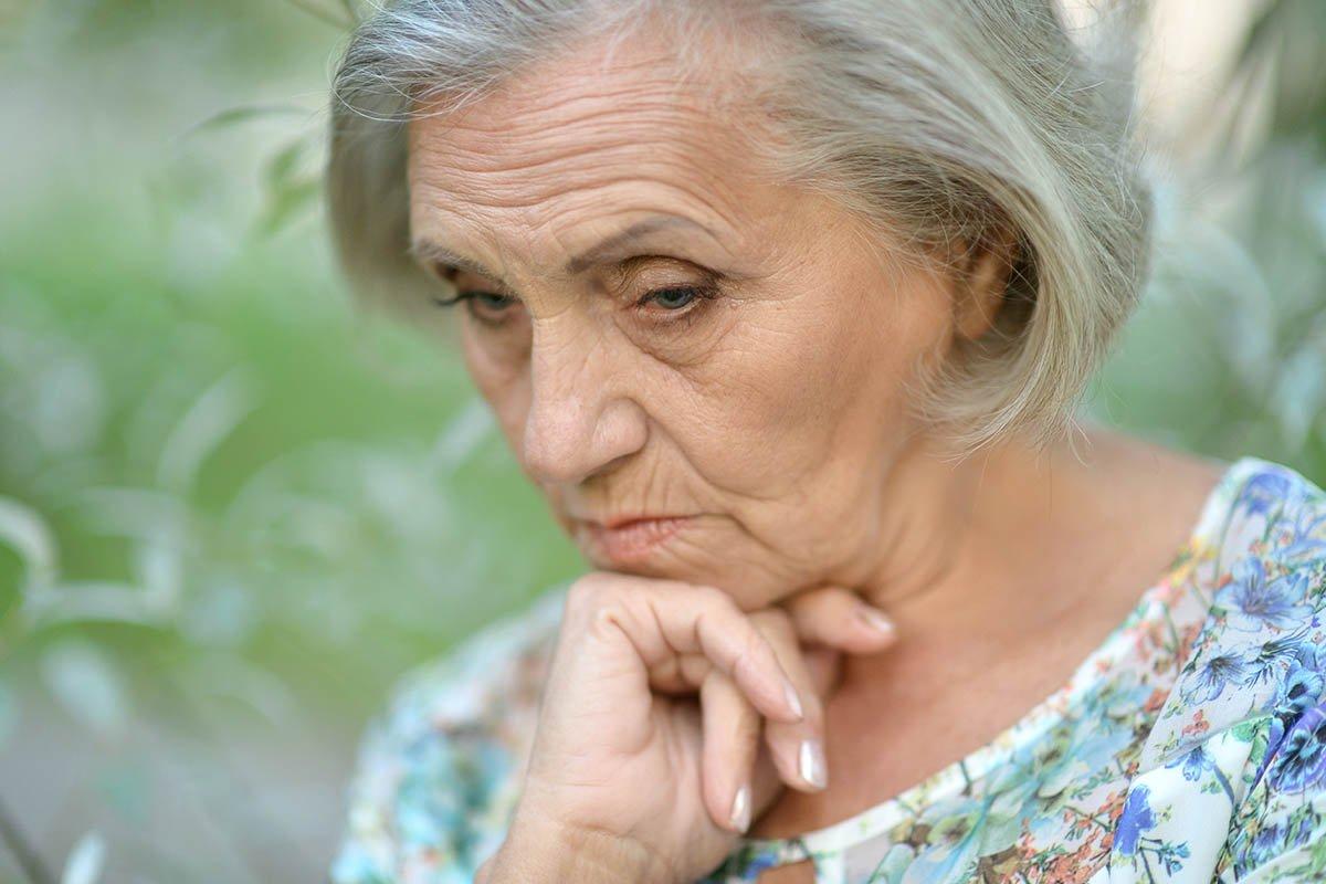 Метания бабушки, что только вышла на пенсию и скучает без возни с внуками