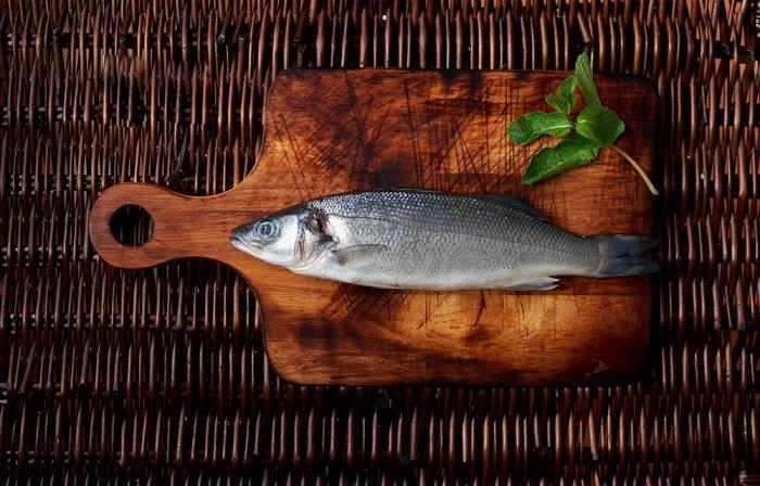 Вот как лучше всего нарезать и подавать рыбу: 9 идеальных способов