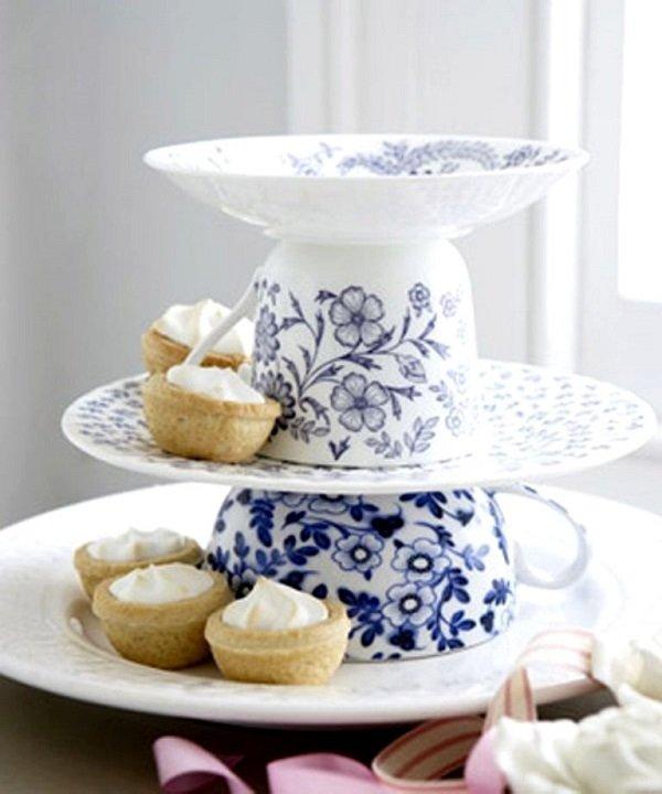 подставка для сладостей из чашек