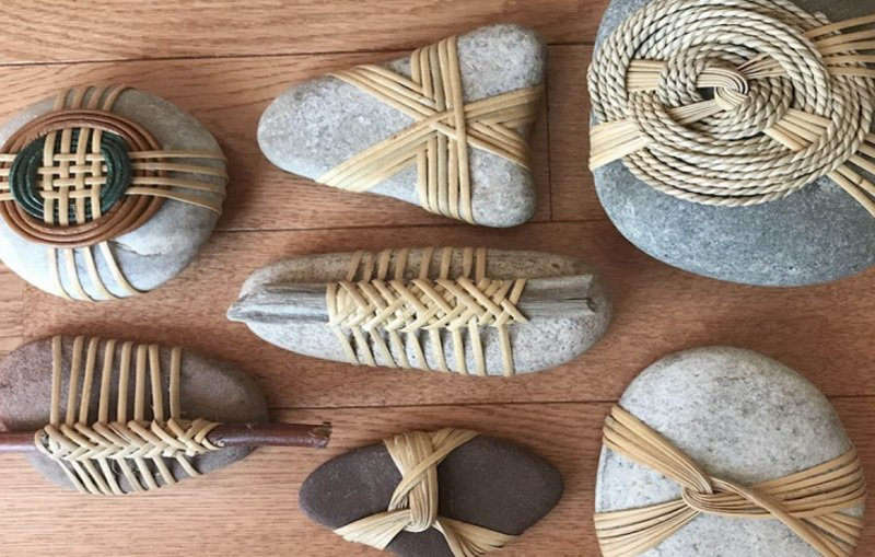 Амулеты из камней в подарок друзьям, чтобы привлечь удачу и спокойствие в год Белого Металлического Быка