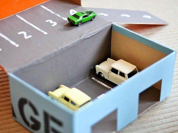 гараж из коробки
