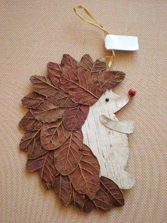 Поделка ёжик с листьями 12