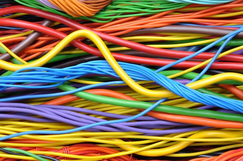 поделки из телефонного провода