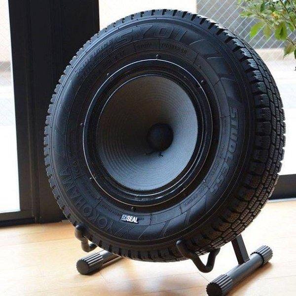 звукова система на гумите