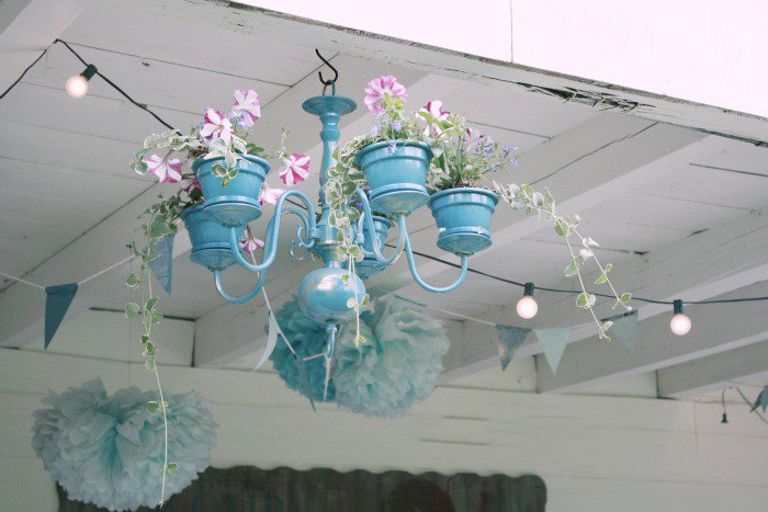как сделать подставку для цветочных горшков