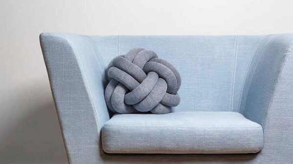 декоративные подушки из льна