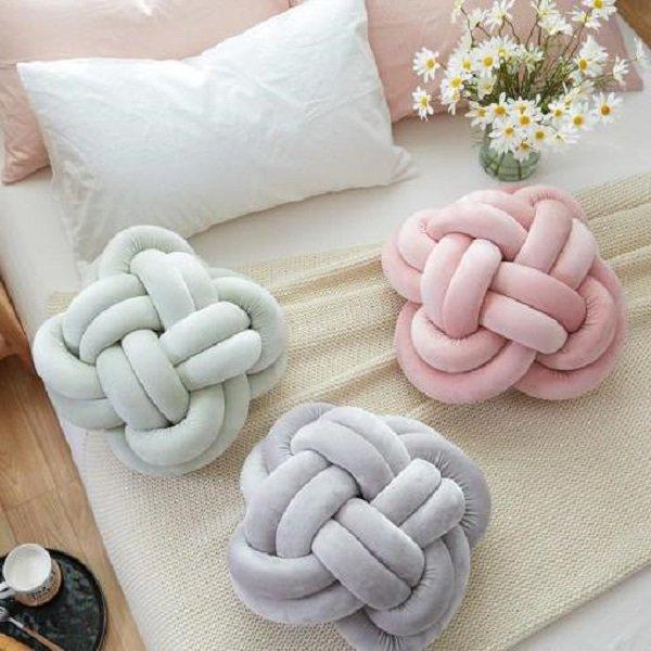декоративные подушки из флиса