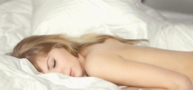 Почему каждый вечер перед сном надо снимать трусы…