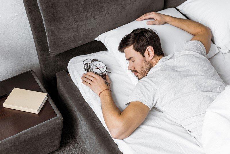 5 причин спать на левом боку