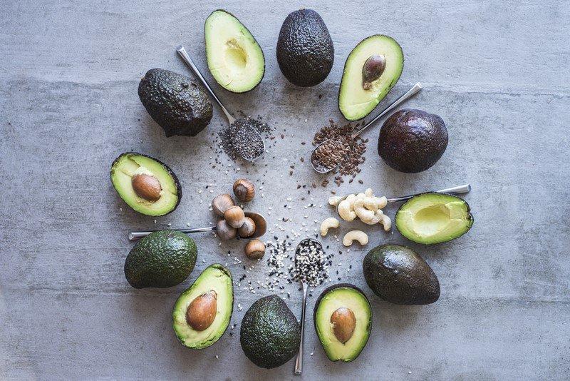 польза авокадо на завтрак