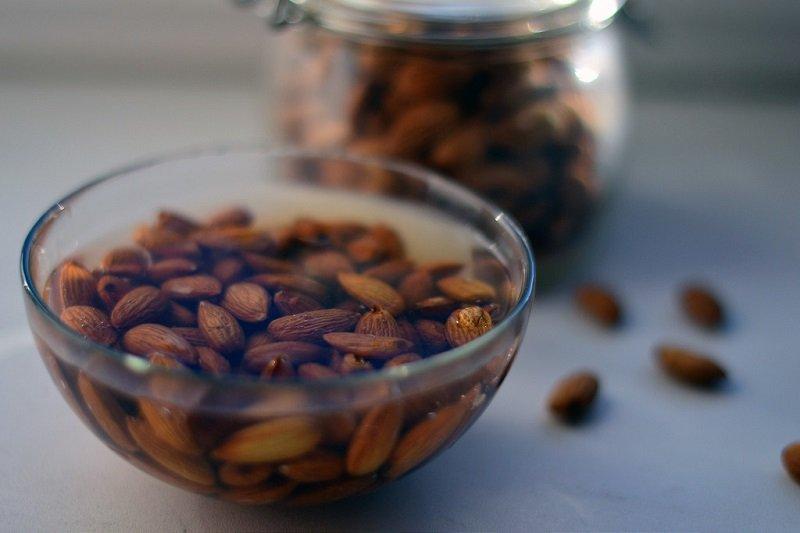 как правильно замачивать орехи