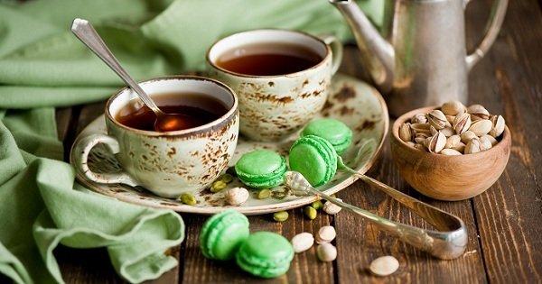 чай и миндальное печенье