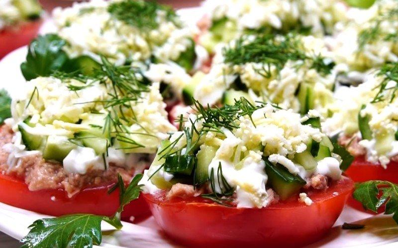 Советская закуска из мясистых помидоров, от которой родственники не оставят ни крошки