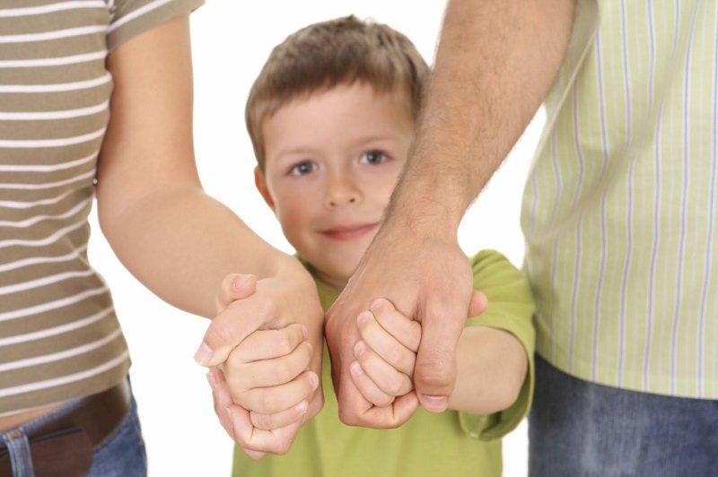 как помочь детскому дому