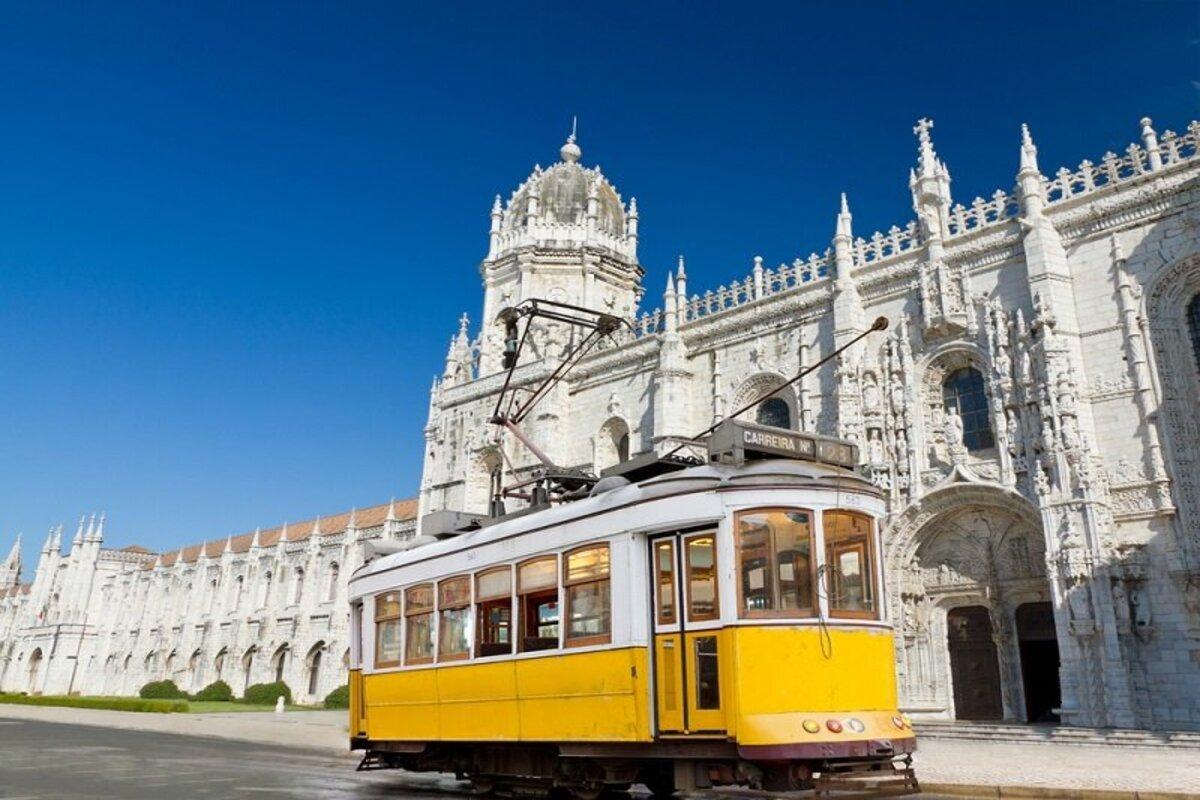 Почему украинские салоны красоты столь популярны в Португалии