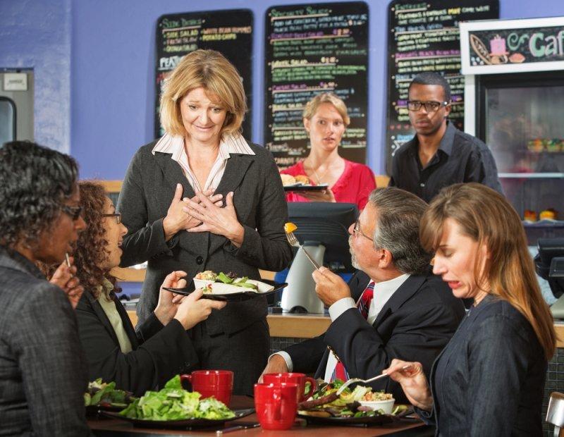 этика поведение за столом