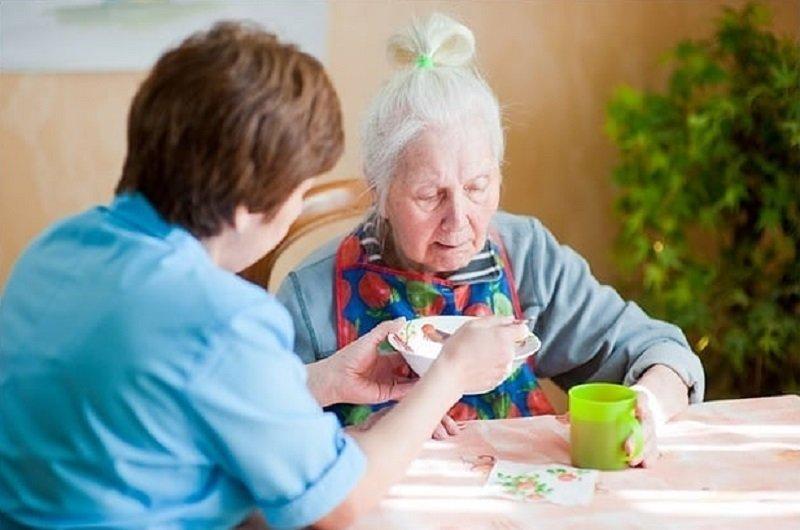 Почему дети отдают своих родителей в дома престарелых дома частные в москве фото
