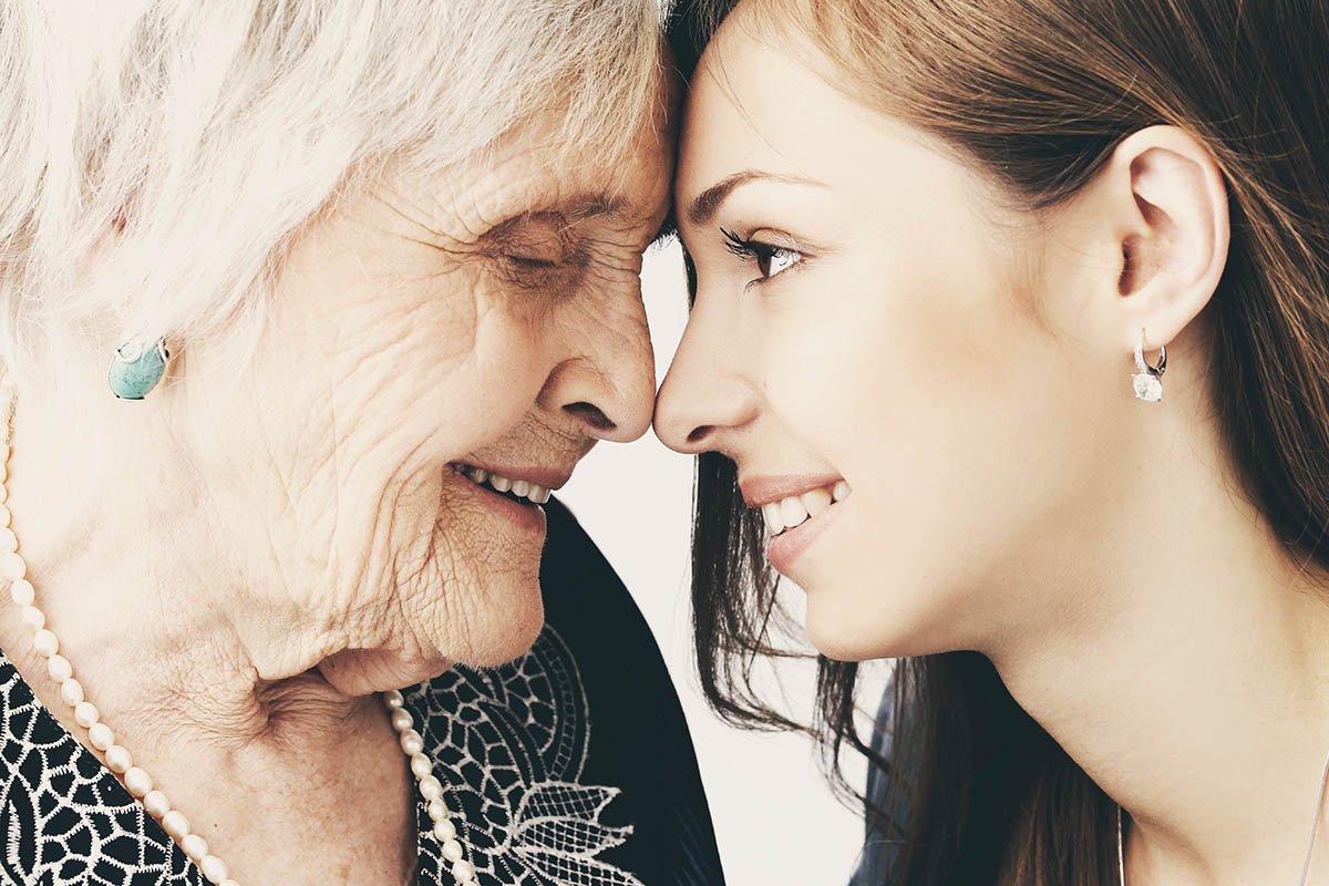 Правильное поведение дочери, если у мамы начинаются непорядки с головой Здоровье,Советы,Болезни,Врачи,Мама,Расстройство,Старение,Старость,Уход