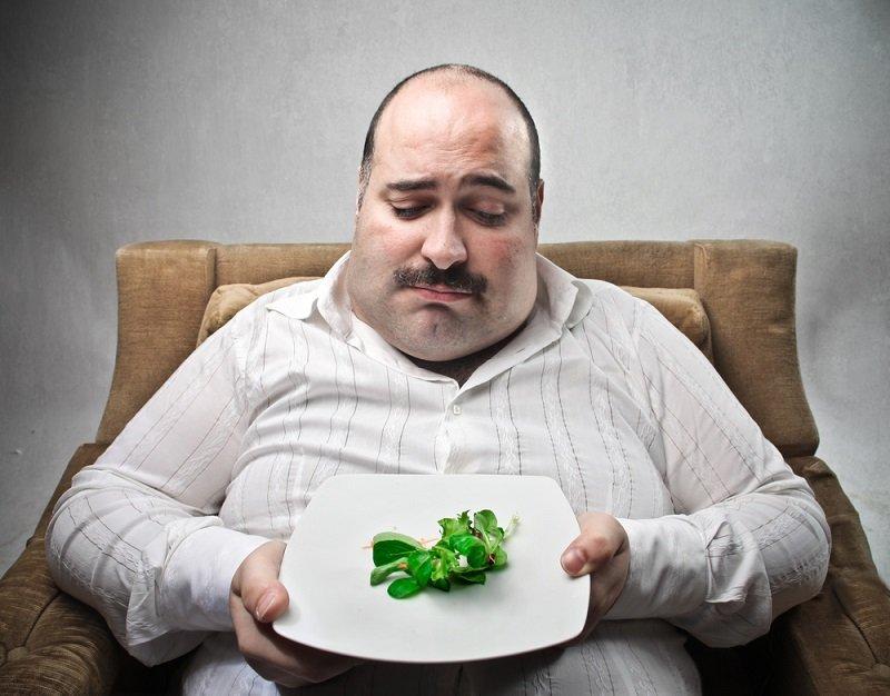 Объясняем на пальцах! «5 столовых ложек» — ровно столько ты должен съедать за один прием пищи, чтобы похудеть.