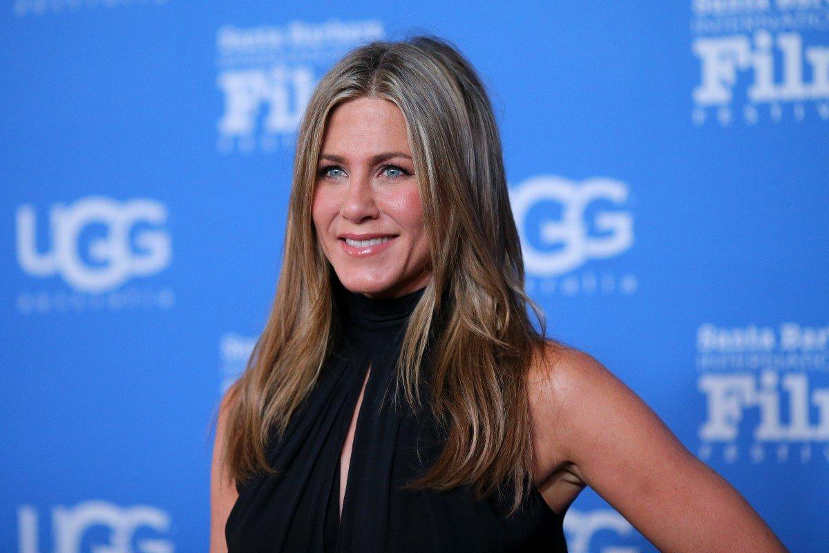 Как моет голову Дженнифер Энистон, чтобы волосы хотелось гладить Энистон, Дженнифер, волосы, волос, shared, актриса, InstagramA, Jennifer, только, чтобы, наносит, актрисы, Кроме, выглядят, Канале, Aniston, много, такой, калифорнийским, словам