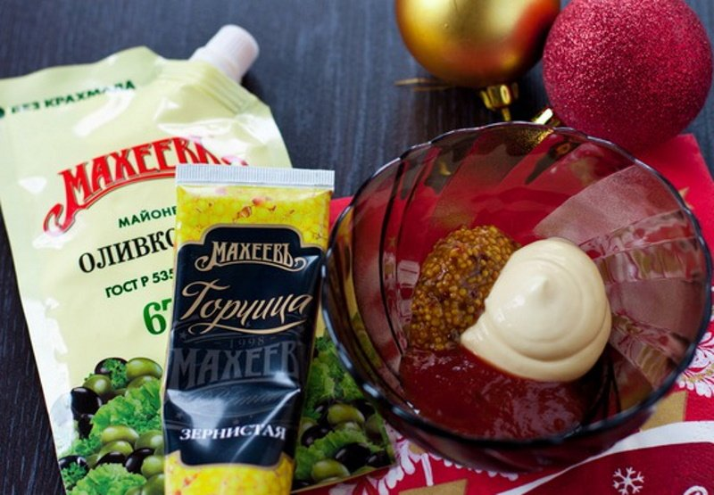 Какие закуски к новогоднему столу можно приготовить из обыкновенных яиц Кулинария,Закуски,Свекла,Сельдь,Яйца