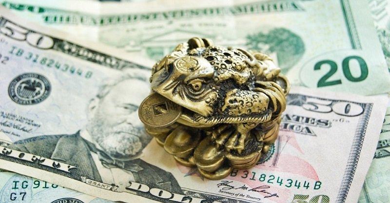 Заговор чтобы деньги в доме держались как при помощи магии привлечь удачу и деньги