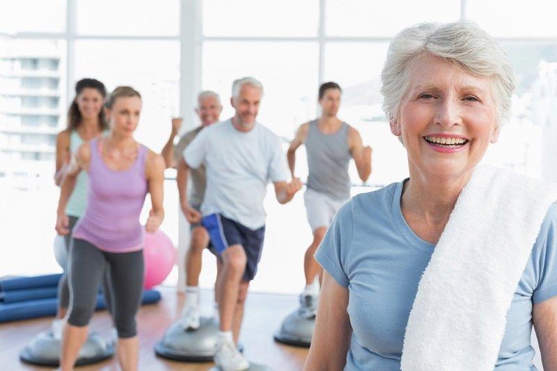 симптомы остеопороза у женщин