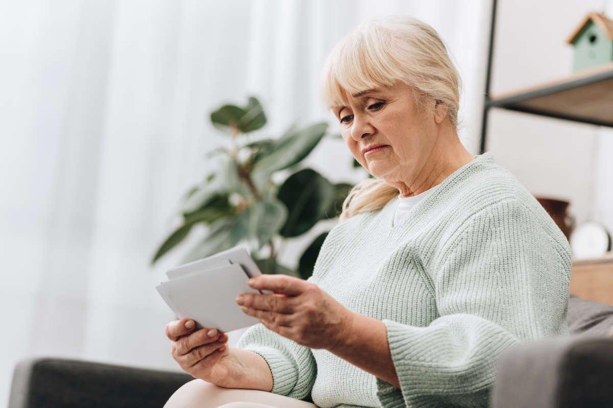 Сплетники будут рады, если в 52 года развестись ради своей первой любви