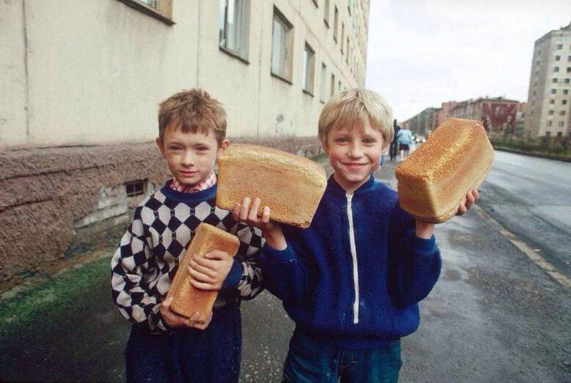 дети и хлеб