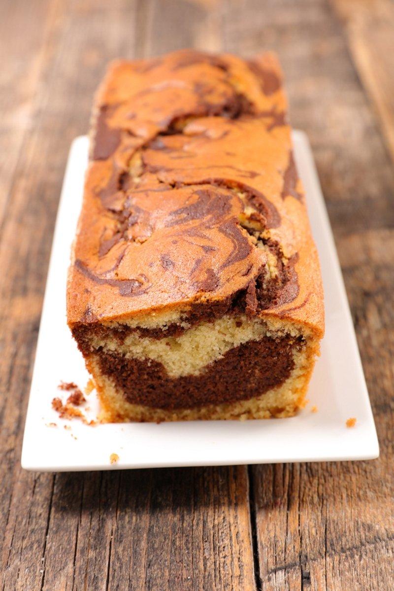 полосатый цветной пирог