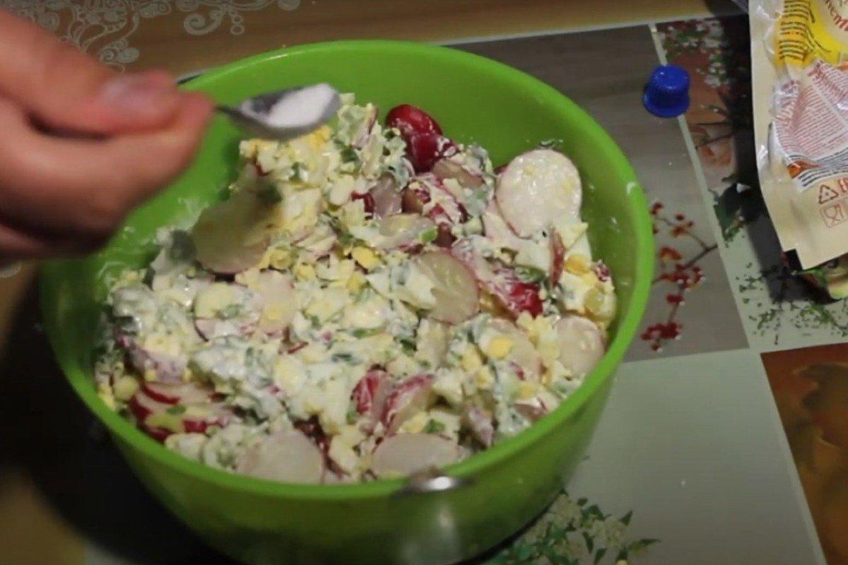 Простой салат с яйцами: какие летние рецепты нужно опробовать