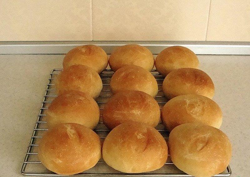 простые булочки без яиц